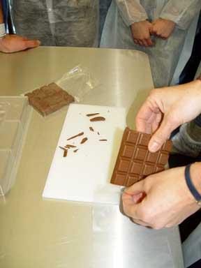 Luftdichtes Verpacken der Schokolade