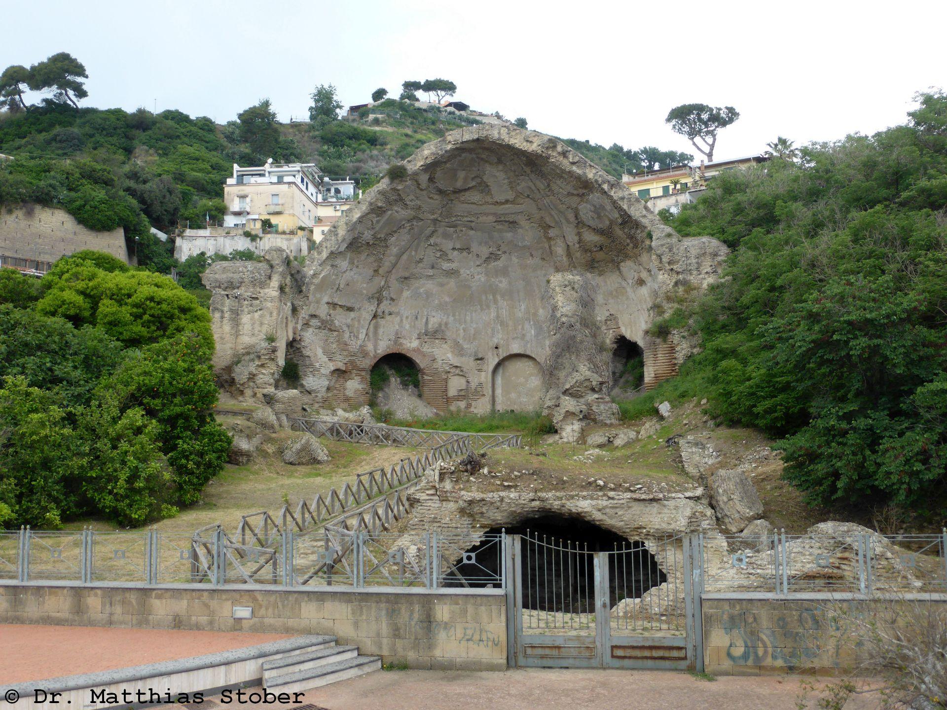 Tempel der Diana - Baia