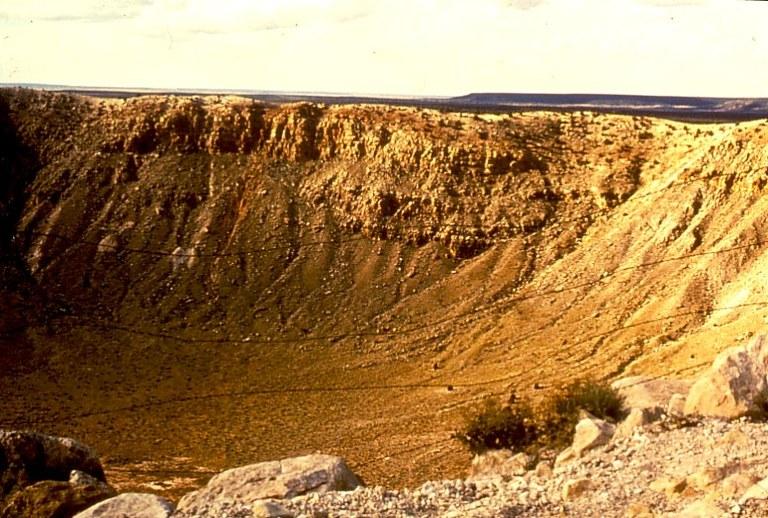 meteorite crater arizona.jpg