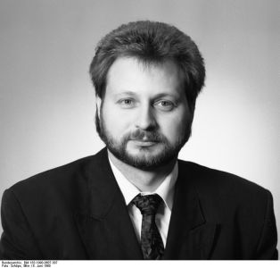 Axel Viehweger, Minister für Bauwesen, Stadtebau und Wohnungswirtschaft