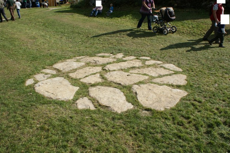 steinkreis-1000pix.jpg