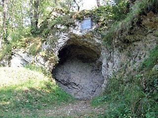 Eingang zur Grotte von Aurignac