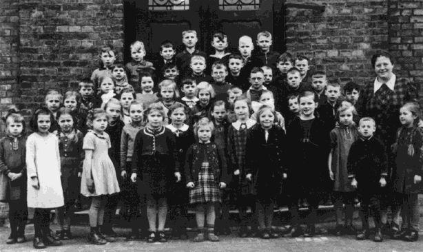 Paul Schneck in der Katholischen Feldschule Hamm, Anfang 1939.