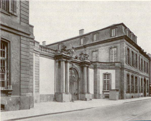 Palais von Thurn und Taxis