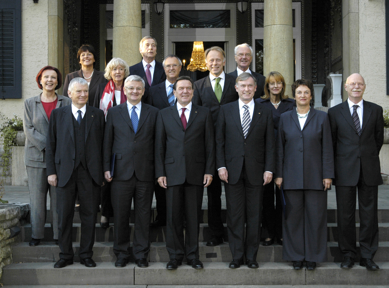 Entlassung der Regierung Schröder am 18. Oktober 2005