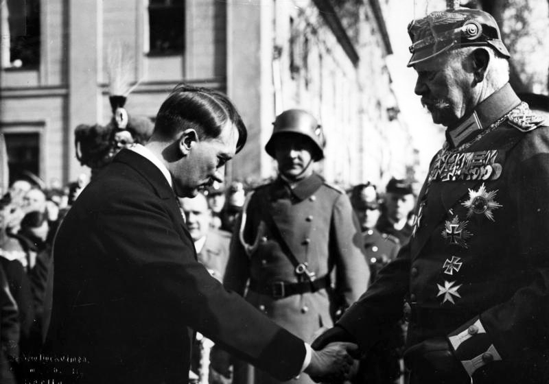 Alte und neue Elite - Der Tag von Potsdam