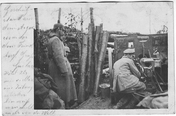 "Postkarte ""Geschützstand 200m vor dem Feind"" des Schwieberdinger Artilleristen Gustav Rothacker"