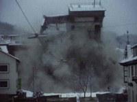 Sprengung des Fabrikhochhauses von EMCE in Tailfingen am 15.01.1983