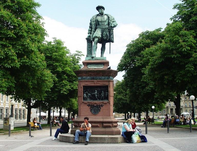 B17 Christoph Denkmal.jpg