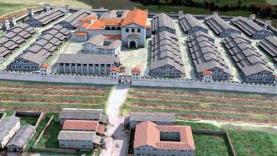 Rekonstruktion des Kastells Aalen: das zentral gelegene Stabsgebäude und die in Fachwerkbauweise errichteten Reiterbaracken.