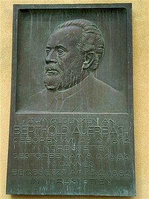 Gedenktafel am Nordstetter Schloss.