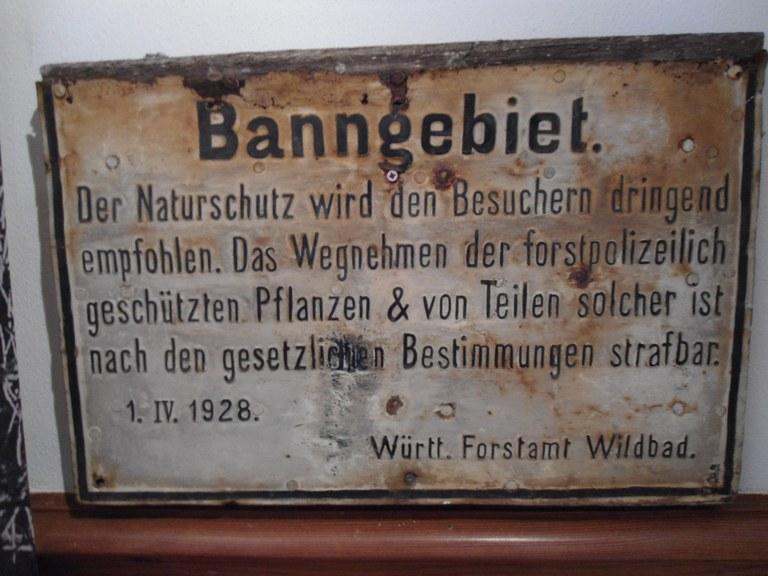 B2 Historisches Hinweisschild Bannwald.JPG
