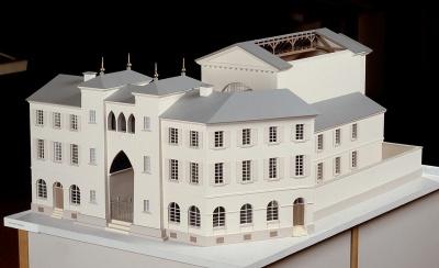 Die 1806 geweihte Synagoge in der Karlsruher Kronenstraße, Baumodell von Heinz Vogel, 1988.