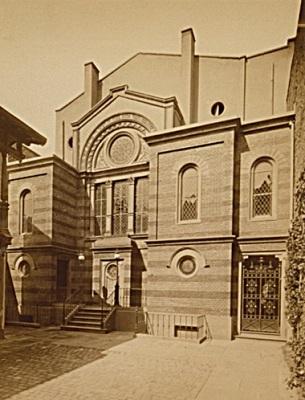 Orthodoxe Synagoge in der Karl-Friedrich-Straße, um 1900.