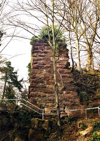 Schildmauerecke der nie fertiggestellten Oberen Burg Weißenstein