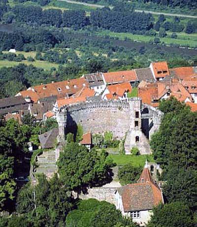 Burg Dilsberg bei Neckargemünd entstand um das Jahr 1200