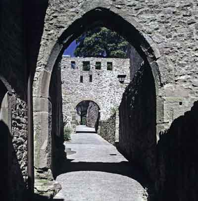 Südeingang der Burg Hohenbaden