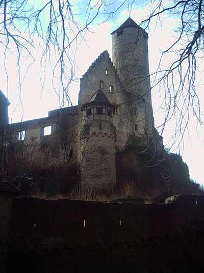 Berlichingischer Palas mit Bergfried