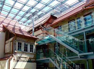 Überdachter Innenhof des Museums Humpis-Quartier