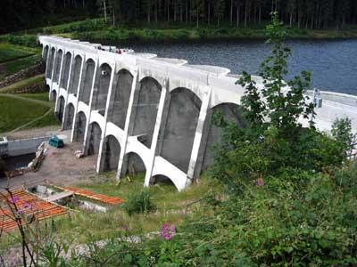 Die Linachtalsperre kurz nach ihrer Erneuerung, Juli 2008