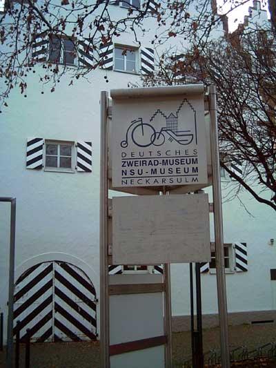Das Deutsche Zweirad- und NSU-Museum befindet sich im ehemaligen Deutschordensschloss von Neckarsulm.