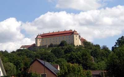 Das Ellwanger Schloss - Blick aus der Stadt auf den Schlossberg