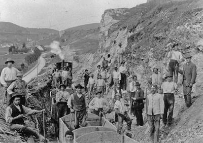 Italienische Wanderarbeiter beim Bau der Hohenzollerischen Kleinbahn