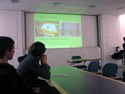 Einführung in das Thema Migration im Vortragssaal