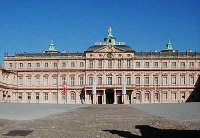 11schloss_panorama.jpg