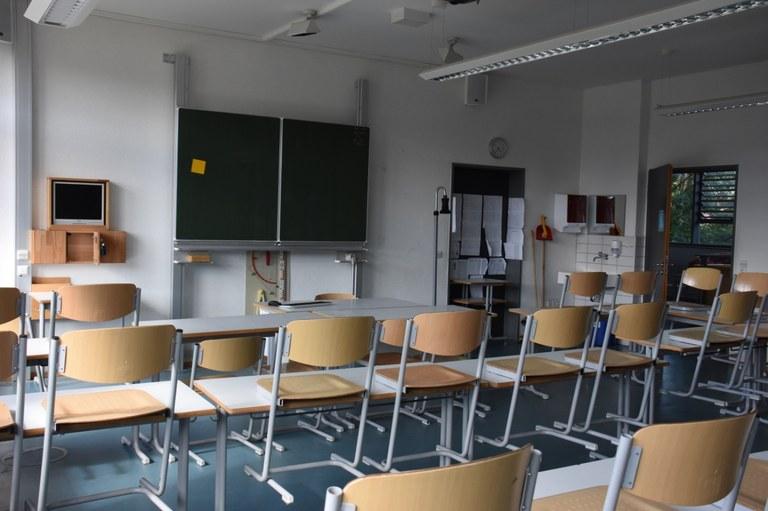 b20 klassenzimmer wilhelmsdorf.jpg