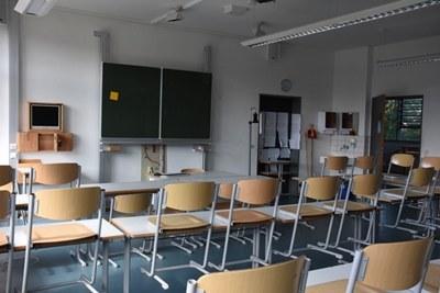 mini_b20 klassenzimmer wilhelmsdorf.jpg