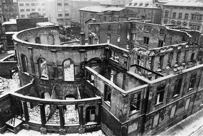 Gesamtdraufsicht der Ruine des Ständehauses