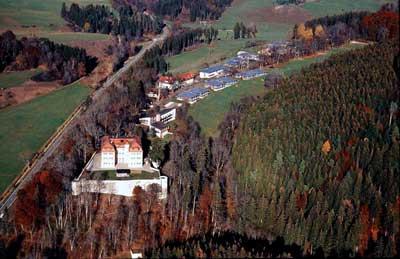 Luftbild des Samariterstifts Grafeneck