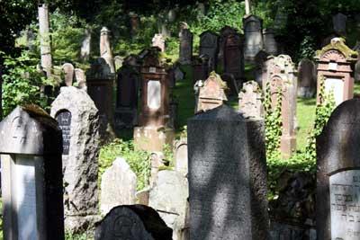 Der Friedhof im