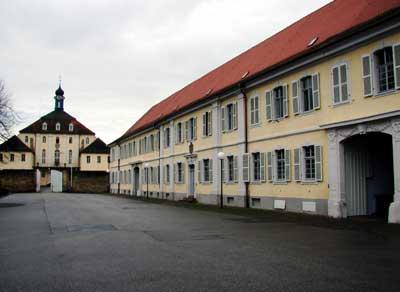 Kavalierbau und Schloss Kislau