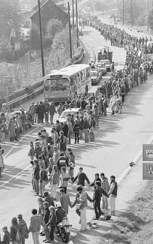 Menschenkette (Foto: Udo Leuschner)
