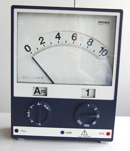 Ein Amperemeter / Stromstärkemessinstrument