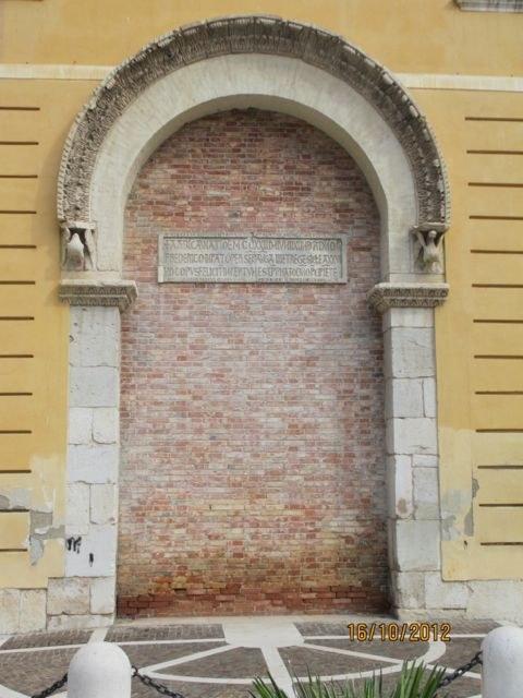 Foggia, Arco del Palazzo di Federico II