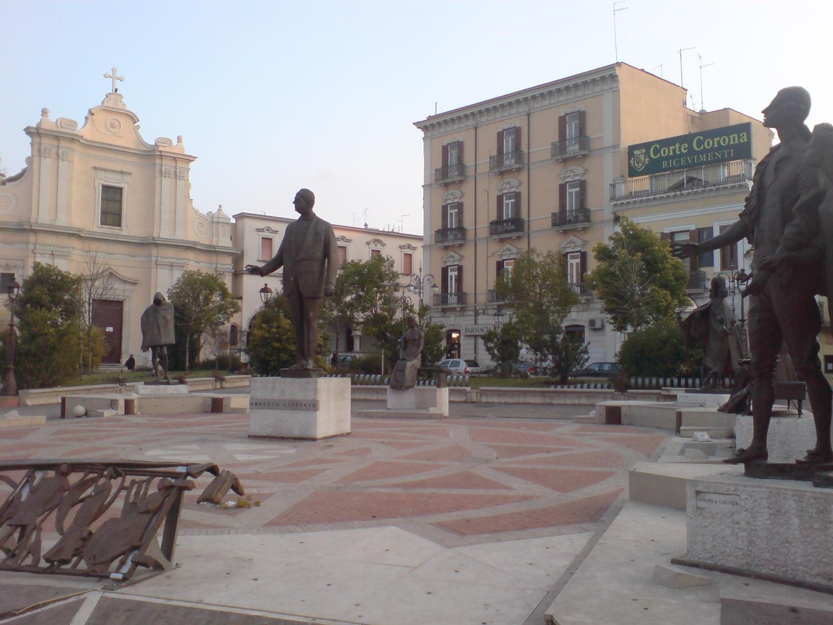 Foggia, Piazza Umberto Giordano