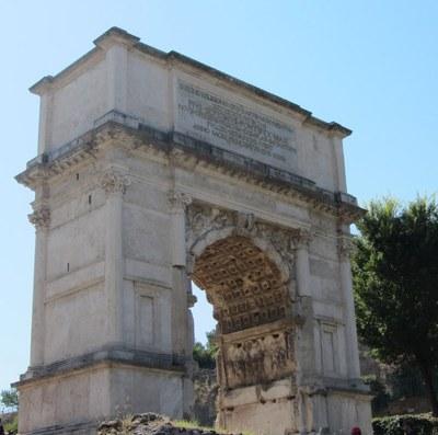Der Titusbogen auf dem Forum Romanum, rückseitige Ansicht