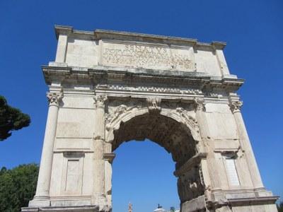 Der Titusbogen auf dem Forum Romanum, forumsseitige Ansicht