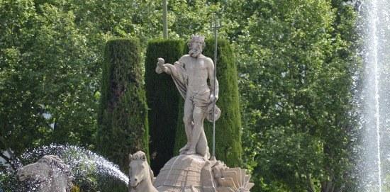 neptunbrunnen-madrid.jpg